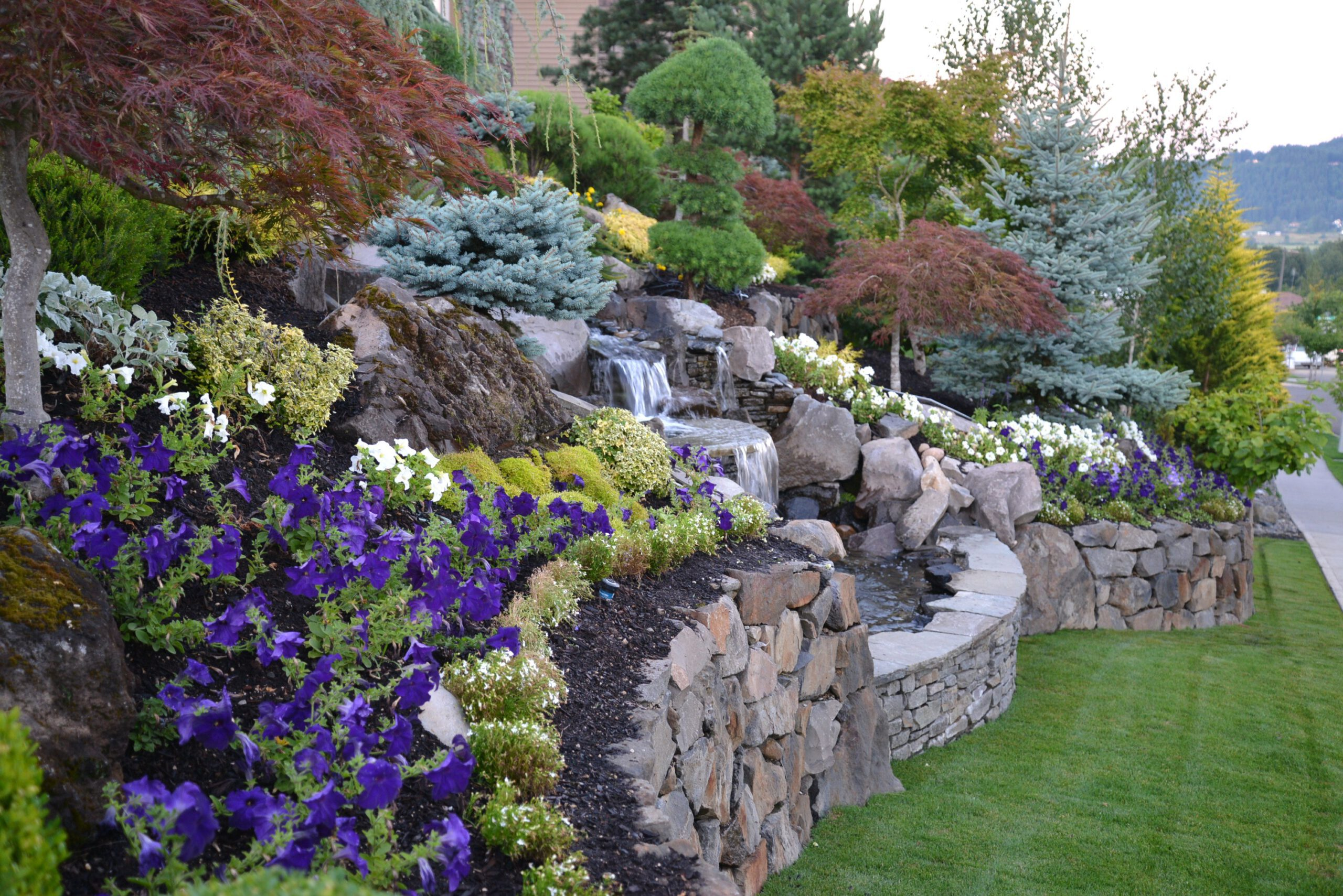 Portland, Oregon Commercial Landscaping