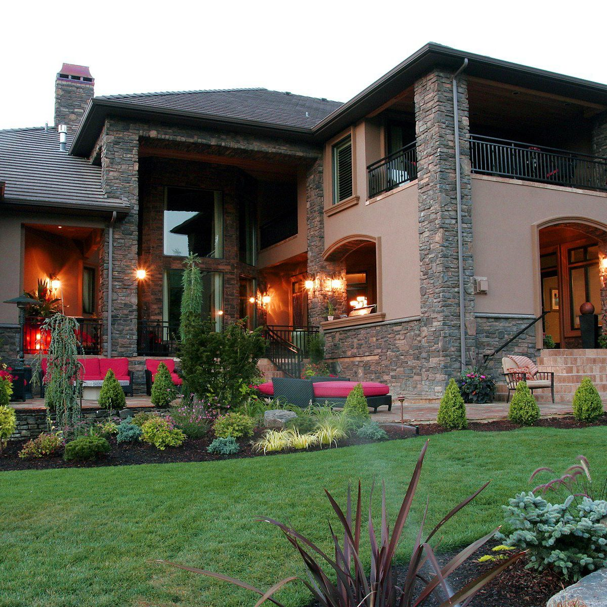 Portland, OR Outdoor Living Spaces